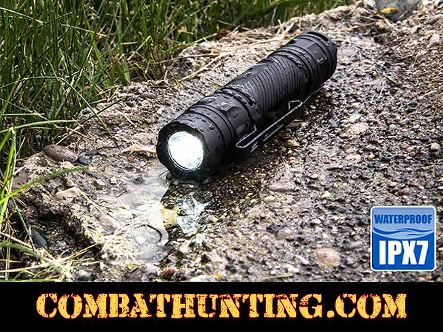 UTG Everyday Carry Flashlight 400 Lumen With Strobe style=